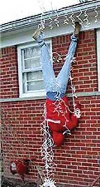 Do It Yourself Humor The Danger Of Hanging Christmas